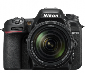 Nikon D7500 Aparat Foto DSLR 20.9MP CMOS 4K Kit 18-140 mm