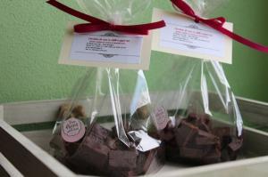 Ciocolata de casa cu chili si piper roz 200g - Anna Boutique