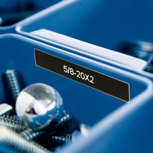 Etichete industriale autocolante, DYMO ID1 vinil, 12mm x 5.5m, alb/negru, 18054354