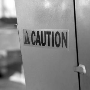 Etichete industriale autocolante, DYMO ID1, poliester permanent, 19mm x 5.5m, negru/argintiu metalizat, 18487 S07182003