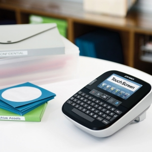Dymo 500TS Touch Screen Label Maker with PC/Mac Connection S0946420 S09464503