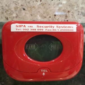 Etichete autocolante, DYMO LabelManager D1, 12mm x 7m, rosu/alb, 45015 S07205502