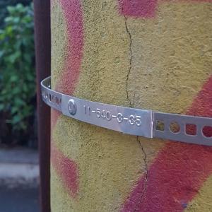 Etichete metalice embosabile industriale DYMO, 12mmx3,65m, aluminiu adeziv, 35800 S07201804