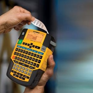 Aparat etichetat industrial Dymo Rhino 4200 kit cu servieta, QWERTY si 4 consumabile3