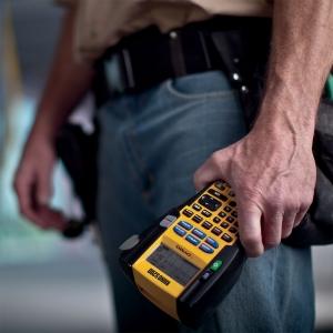 Aparat etichetat industrial Dymo Rhino 5200 kit cu servieta, ABC, 19mm, S0841400 PTE300VPYJ1 DE272939534 8414002