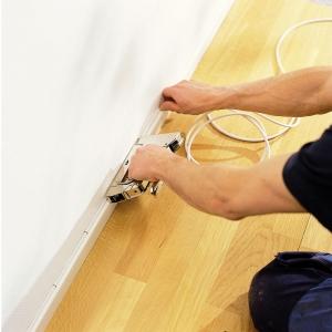 "Capsator tacker cabluri Rapid PRO 36E, capse semirotunde ""U"" 36/10-14 mm, reglare forta capsare in 3 trepte, diametru cablu 6 mm, joasa tensiune, 5 ani garantie, fabricat in Suedia 205118111"