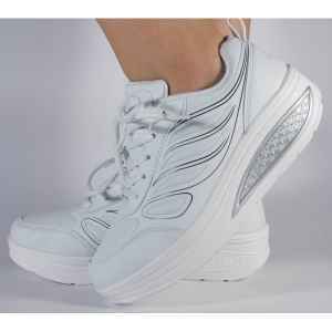 Adidasi albi cu talpa convexa0