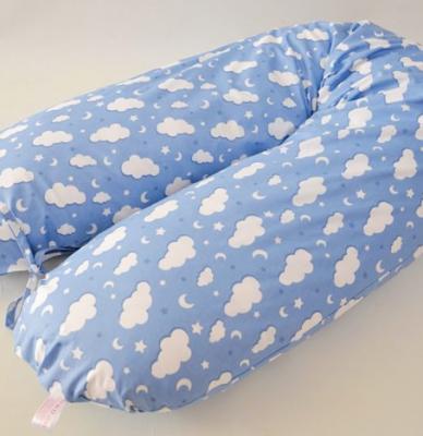 Pernă gravidă cornuleț bleu cu nori