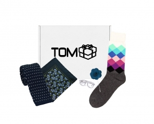 Set TOMbox 5 accesorii - cravata brodata, batista, sosete, ac de cravata ochelari, ac de rever