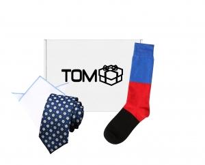 Set 3 accesorii - cravata cu flori, batista margini albastre, sosete