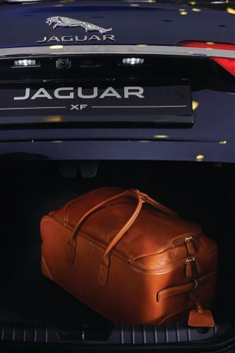 REVISTA VALIGERIA & TIRIAC AUTO & COSMIN TUDORAN - Lansarea noului JAGUAR XF 3