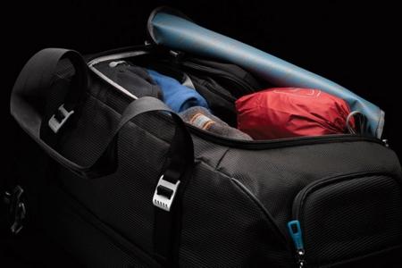 Geanta sport cu role Thule Crossover Rolling Duffel Black6