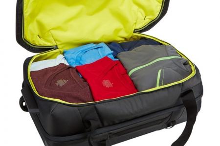 Geanta sport cu role Thule Subterra Luggage3