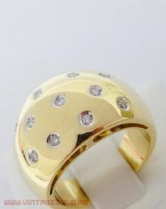 Inel cu diamante de cca. 0.20 ct, din aur 18k, 13.47 grame