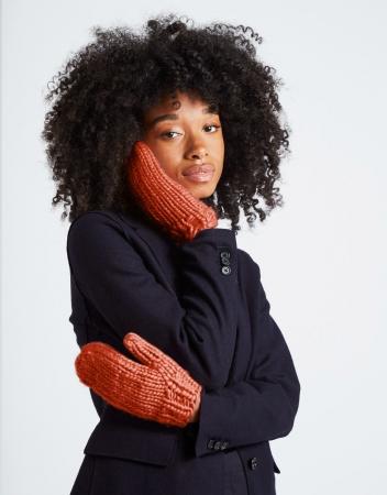 Kit tricotat manusi Fight the power2