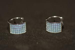 Cercei BLU argintii cu pietricele albastru deschis